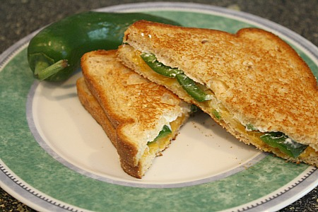jalapenogrilledcheese.jpg